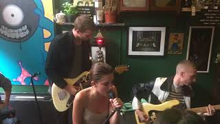 Wolf Alice Beautifully Unconventional Live