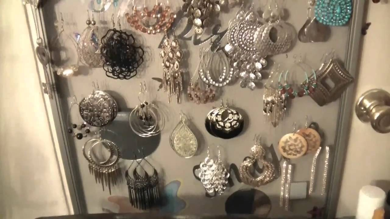Make your own jewelry holder earring organizer for under for Make your own jewelry rack
