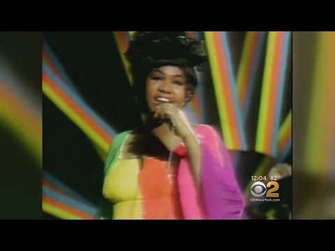 Aretha Franklin Dies At 76, Transformed American Music