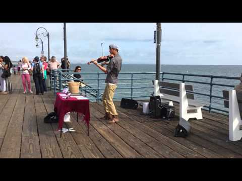 Coldplay-Sky Full of Stars (Violin Cover on Santa Monica Pier)