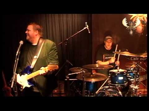 Danny Bryant - Knockin' on heaven's door - Live @ Bluesmoose café - Bluesmoose radio