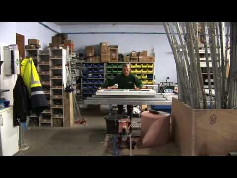 Fabrication porte de garage sectionnelle funnydog tv for Fabricant de porte de garage sectionnelle sur mesure