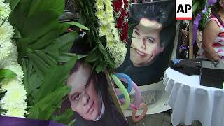 Fans pay tribute to Juan Gabriel a year after his death