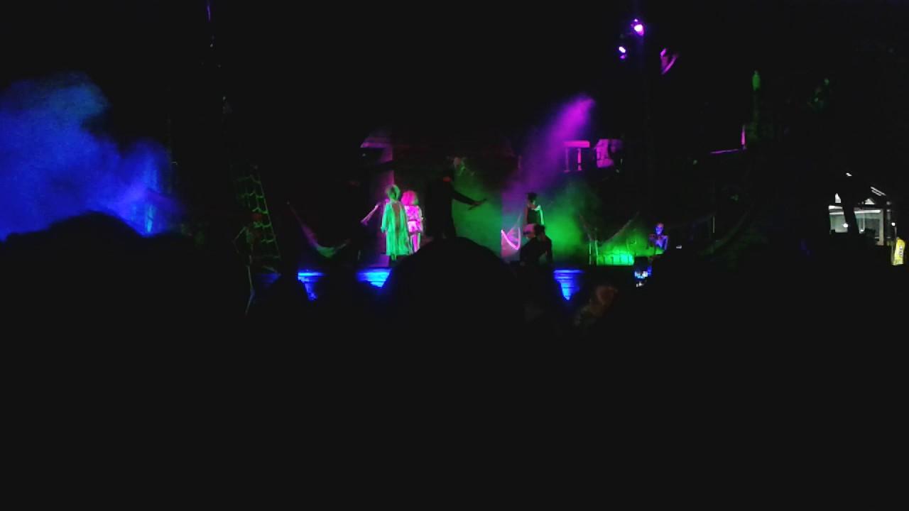 pirates of zanzibar halloween show @ flamingo land (part 1) - youtube