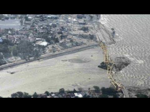 Terekam Kamera Detik Tsunami Donggala