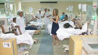 Solta a Pisadinha - Funcionários de clínica de hemodiálise dançam para animar os pacientes