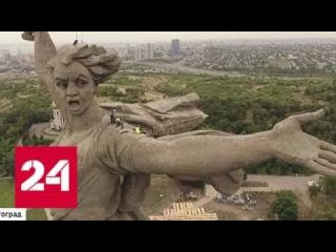 """Скульптура """"Родина-мать зовет!"""" сможет выдержать тайфун и торнадо - Россия 24"""