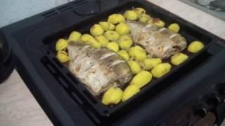 🙂 Как запечь вкусную рыбу с картошкой в духовке  😍 Простой рецепт