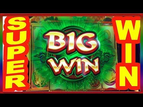 Играть бесплатно казино gaminator