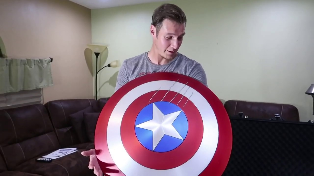 Unboxing Captain America Shield With Black Panther Claw Marks Marvel Masterworks Collection Authen Youtube