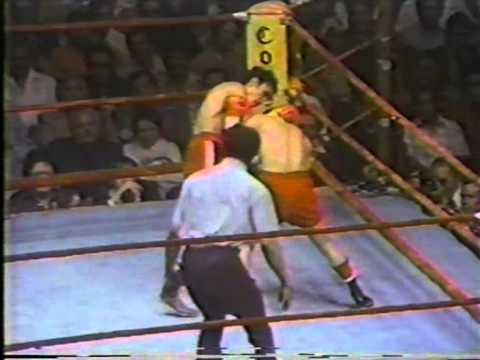 1977-04-23 - Carlos Zarate vs Alfonso Zamora - USA TVиз YouTube · Длительность: 14 мин50 с
