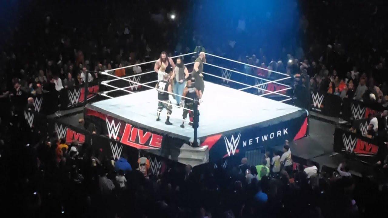 Dudley Boyz Vs Wyatt Family Wwe Live Madison Square Garden 12 28 2015 Youtube