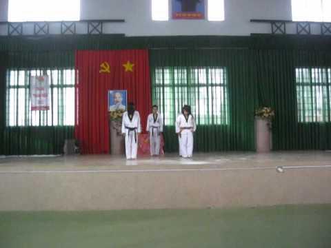 Võ nhạc - THPT Nguyễn Du ( Bảo lộc - Lâm Đồng )