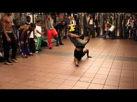 NYC New York Subway Metro Breakdance Dancing / NY Dance / HD
