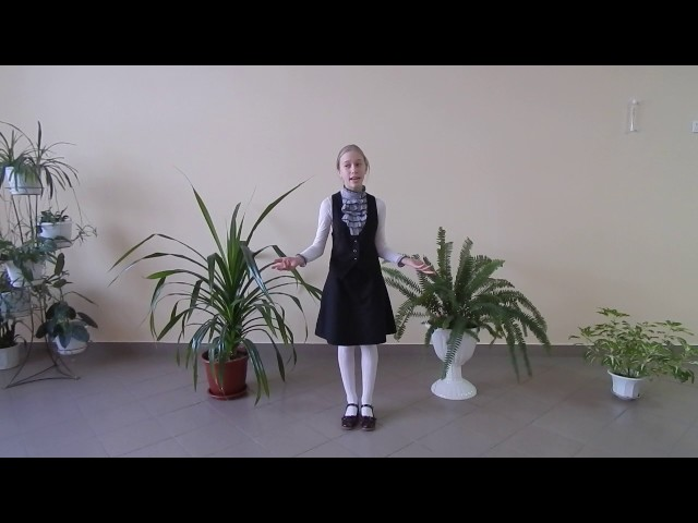 Изображение предпросмотра прочтения – МаргаритаУракова читает произведение «Тучи» М.Ю.Лермонтова