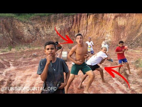 FUNDO DE QUINTAL OFC - ATIREI O PAU NO GATO (Vídeo Oficial) ERRO DE GRAVAÇÃO + BASTIDORES