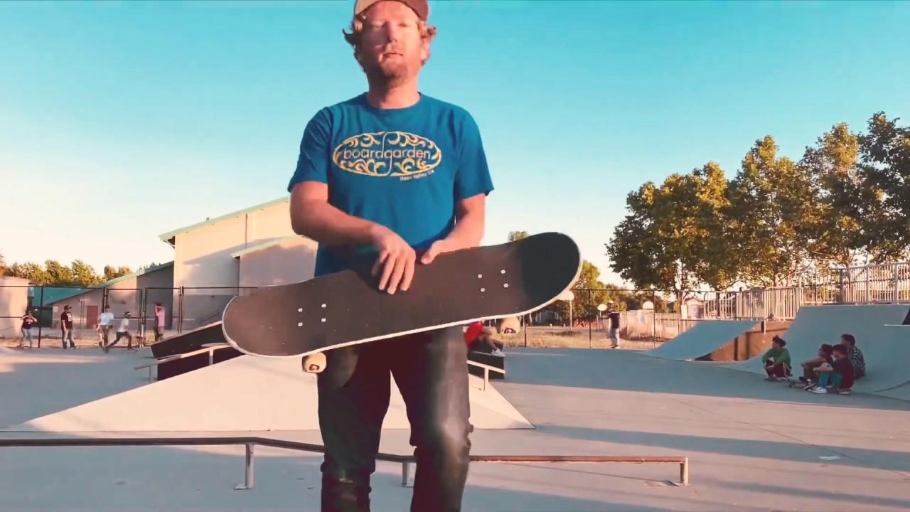 John Brazell - Peaches (Skatepark Visualizer) - YouTube
