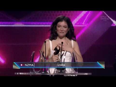VNZMA 2017 - International Achievement Award