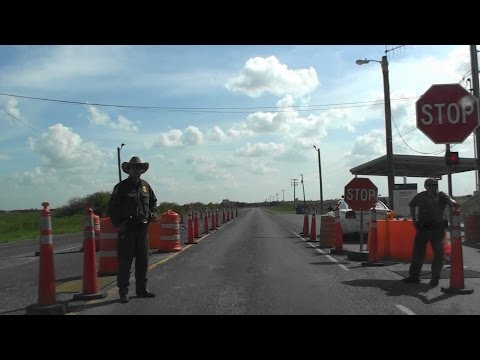 BORDER PATROL CHECKPOINT, HWY 4 (BOCA CHICA HWY), EAST OF BROWNSVILLE, TEXAS, USA