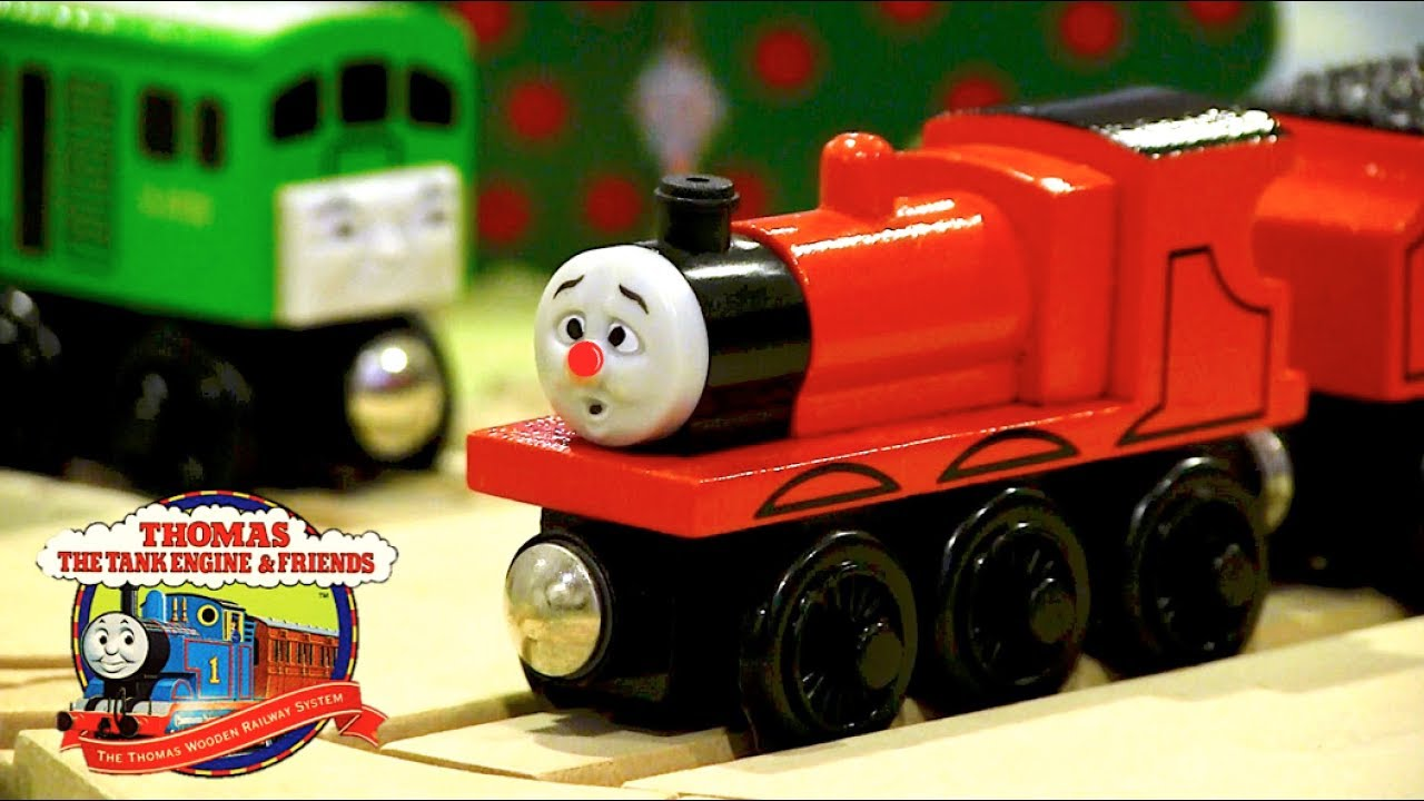 James Goes Buzz Buzz Set Review Thomas Wooden Railway Discussion 83
