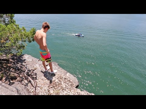 BEST CLIFF JUMPING SPOT EVER! - YouTube