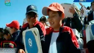 "Presidente Morales entrega computadoras""KUAA"" a estudiantes de Tarija- Bolivia"