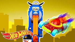 Giant Sharks Strike the Hot Wheels Mega Garage! | Hot Wheels City | Hot Wheels