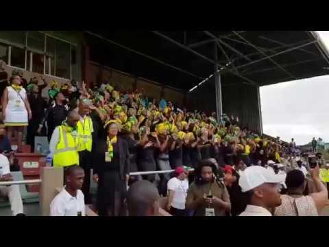 These ANC women are singing Phakama Ramaphosa ixesha lakho lifikile Rise Ramaphosa