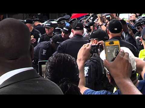 CMPD Arrest Undocubus Protesters during DNC 2012