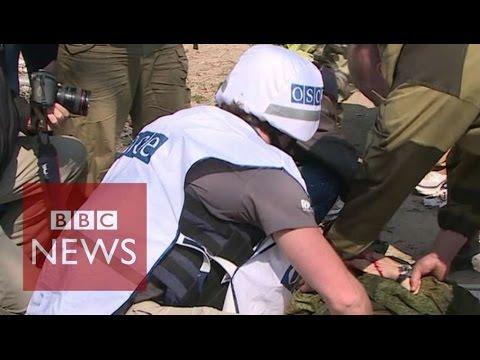 Reporter injured in Ukraine ceasefire visit - BBC News