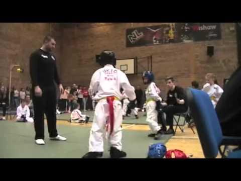 Logan Campbell (2) - UKTC Tae Kwon Do Champions League - Wishaw Sports Centre 21.2.16