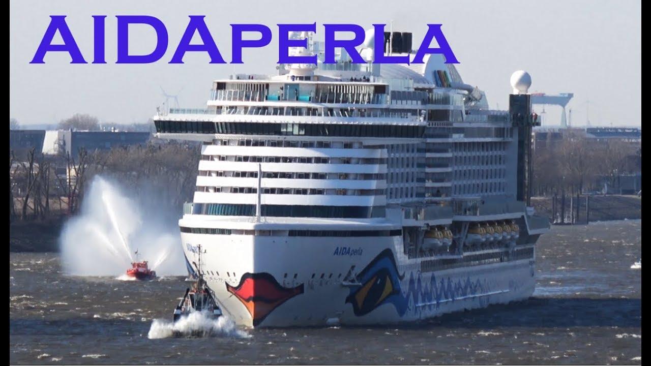 4K | AIDAperla maiden call at Storm in Hamburg | march 17, 2018
