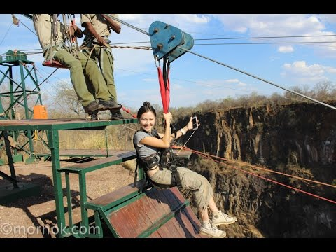 เหาะข้ามเหว เหนือ น้ำตกที่ใหญ่ที่สุดในโลก Adventure Zipline Over Victoria Falls