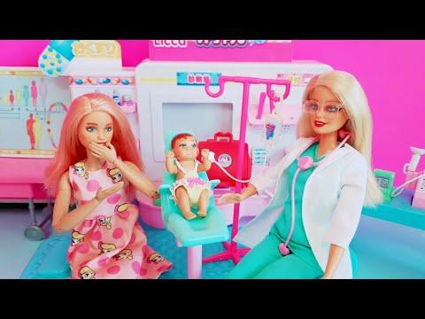 barbie-doctor-doll-hospital-toy---nurse-barbie-doll-medical-center-playsets