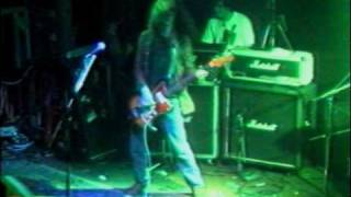 "Dinosaur Jr. - Live ""Freak Scene"" // Tribal Area"