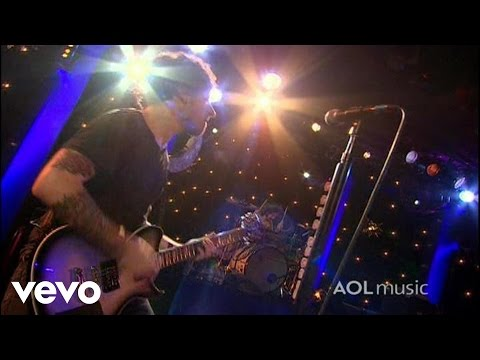 Fall Out Boy - This Ain't A Scene, It's An Arms Race (AOL Music Live) 2007