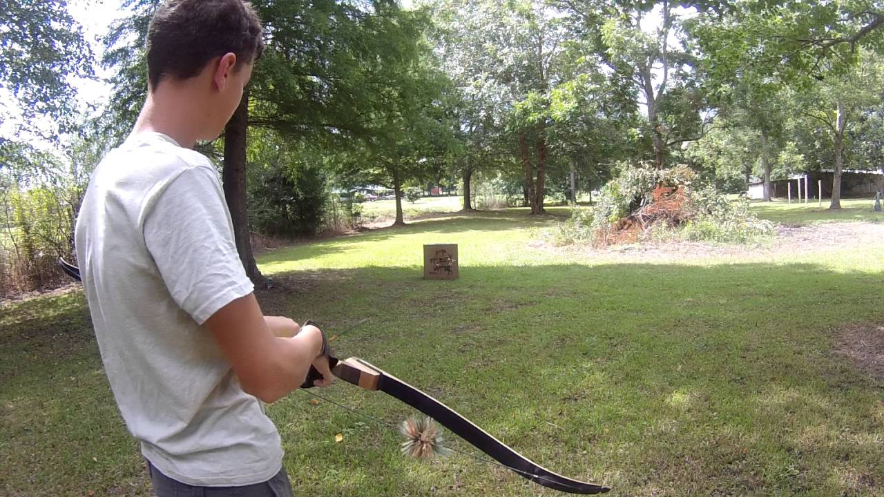 shooting bow practicing my traditional archery sage 40 pound
