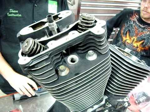 Part 04 How to install cylinder head on a Harley vtwin S&S Revtech EVO  YouTube