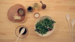 Салат со сливами гриль и козьим сыром