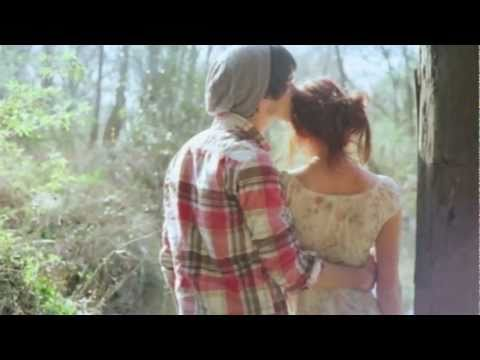 Chase Coy and Colbie Caillat- If the Moon Fell Down