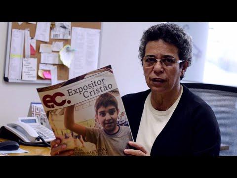 Pastora Joana DArc recomenda leitura do Expositor Cristão