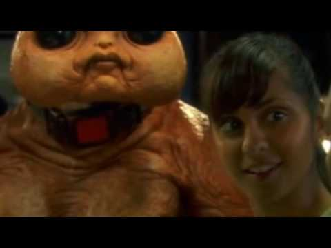 The Sarah Jane Adventures S03E11 The Gift - Part 1