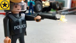 BRUDER TRUCKS Johnny Evil Raid ♦ TOY STORY for Children 🚓 POLICE SHOOT out👮