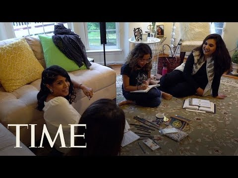 A Group Of Millennial Muslim Women In Ashburn, VA Get Together To Discuss Friendship & Faith   TIME