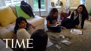 A Group Of Millennial Muslim Women In Ashburn, VA Get Together To Discuss Friendship & Faith | TIME