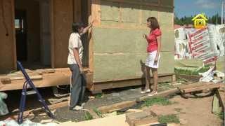 видео Утепление стен каркасного дома: правила, способы, рекомендации