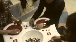Мы маленькие дети(Видео снято в ТЦ Лавина в детском магазине в день рождения моей жены.Мы нашли занятие для себя,на время ожид..., 2012-03-17T18:43:39.000Z)