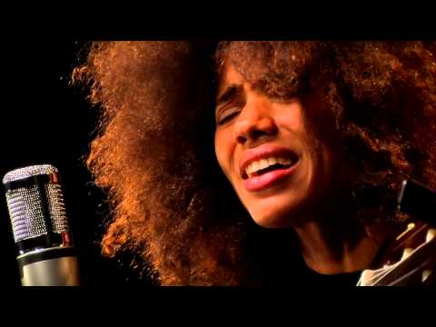 "Nneka performs ""Shining Star"" on #Music4Dev"