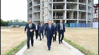 Президент Узбекистана посетил студенческий городок