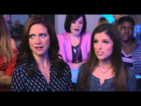 Pitch Perfect 2 Beca and Kommissar scenes